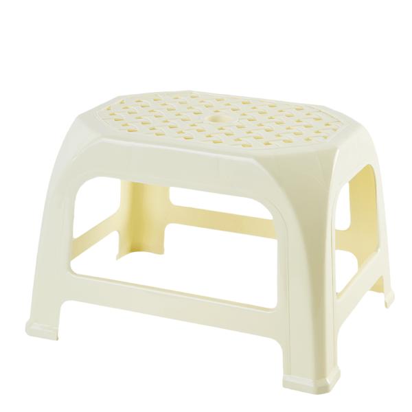 plastmasova-taburetka-kroha-30-6-24-0-20-0-sm