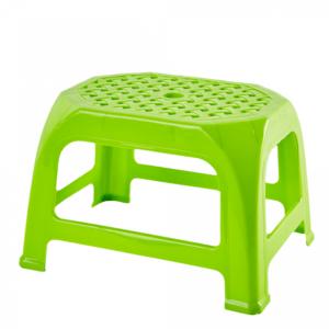 plastmasova-taburetka-kroha-30-6-24-0-20-0-sm-2