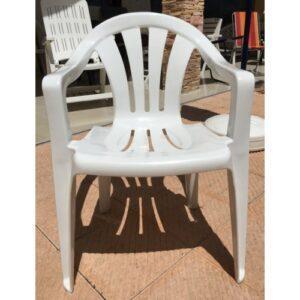 plastmasov-stol-vita